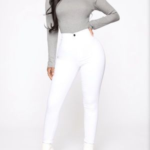 Fashionnova highly waisted pants